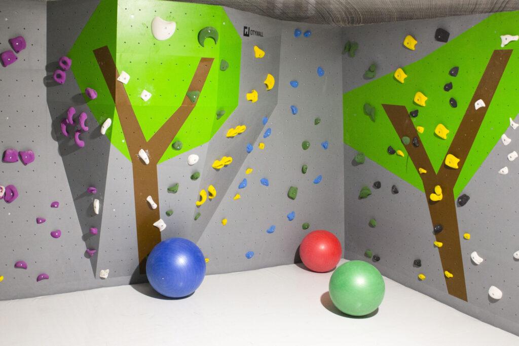 Kinderbereich Block Barock Einstieg Bouldern